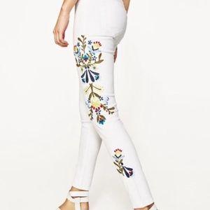 Zara Basic 1975 Denim Embroidery Jeans. NWT 4